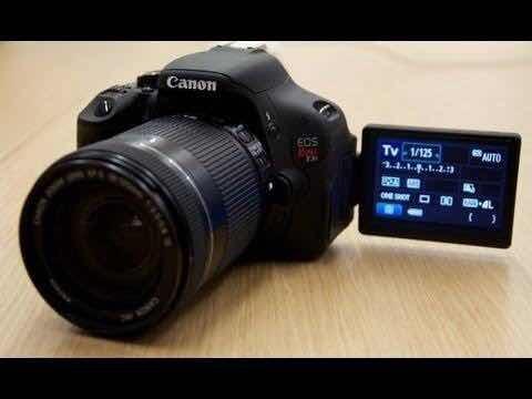 Câmera Cânon T3i Em Mãos 1500