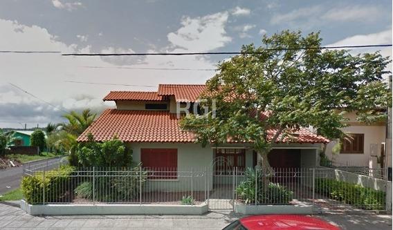 Casa Em Caiu Do Céu Com 3 Dormitórios - Bt8382