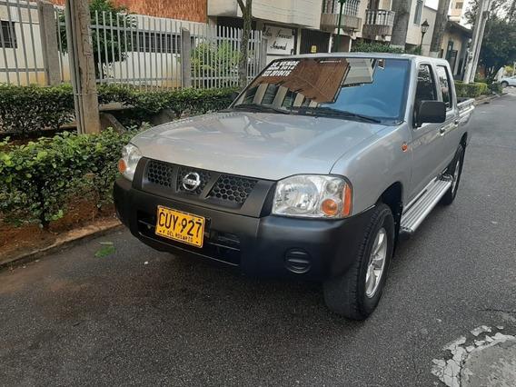Nissan Frontier Np300 4x2 2400icc Mt Aa Dh Fe