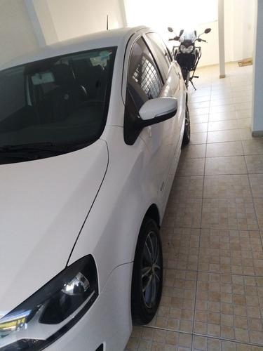 Imagem 1 de 15 de Volkswagen Fox 2014 1.6 Vht Trend Total Flex I-motion 5p