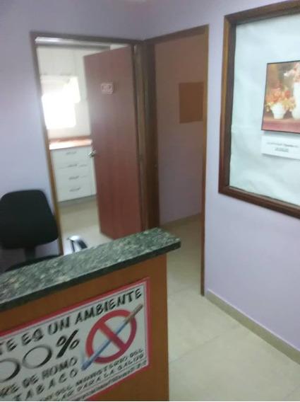 Se Alquila Oficina 33m2 C.c. Buenaventura