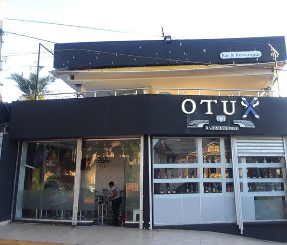 Se Alquila En La Zona Monumental Para Bar O Restaurante.