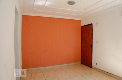 Apartamento No 5º Andar Com 2 Dormitórios - Id: 892970444 - 270444