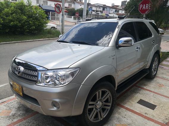 Toyota Fortuner 4x4 Original Full Equipo