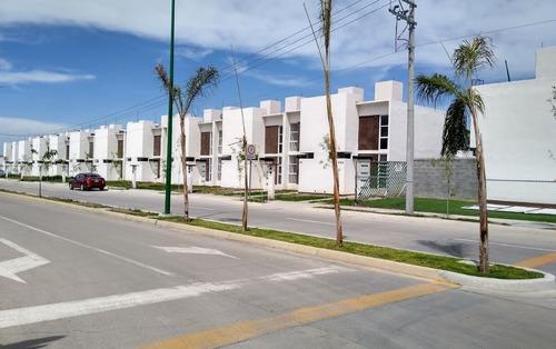 Departamento En Renta Valle De Los Monjes, Fraccionamiento Valle Del Gigante
