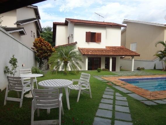 Casa 4 Quartos, 2 Suítes, 4 Vagas, Piscina, Em Alphaville - Io0638