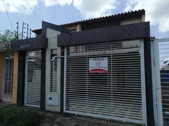 Grupo Inmowe Ofrece En Venta Th Urb. Yara Yara Puerto Ordaz