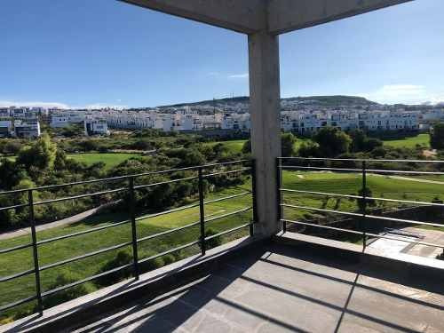 Penthouse En Renta Vista Al Campo De Golf Zibata Queretaro