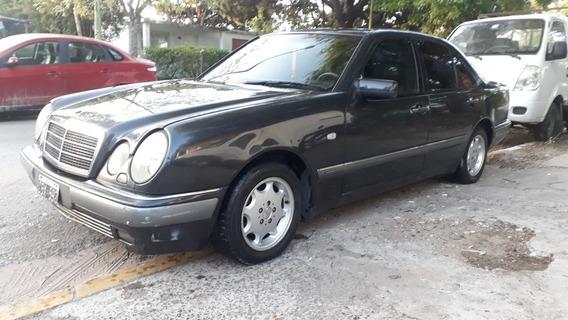 Mercedes-benz E300 Elegance