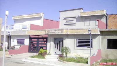 En Venta Town House En Terrazas Del Aluminio, Puerto Ordaz.