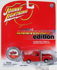 Johnny Lightning 1978 Dodge Lil Red Express Corvette 1/64