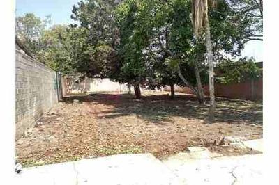 Casa De Una Planta Para Remodelar Con 705 M2 De Terreno En Berriozábal