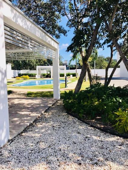 Casa De 3 Recamaras En Renta En Residencial Lunamar Playa Del Carmen