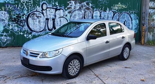 Volkswagen Voyage 1.6 Comfortline Plus - Permuto Menor Valor