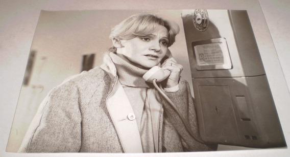 Mercedes Carreras Y Antiguo Telefono Publico Foto Original