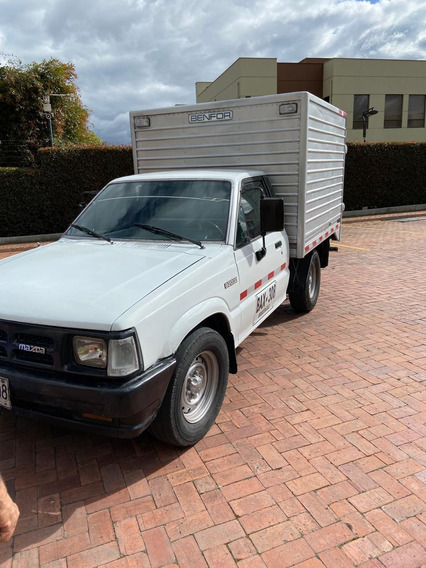 Camioneta Mazda 2000 Con Furgon-servicio Publico