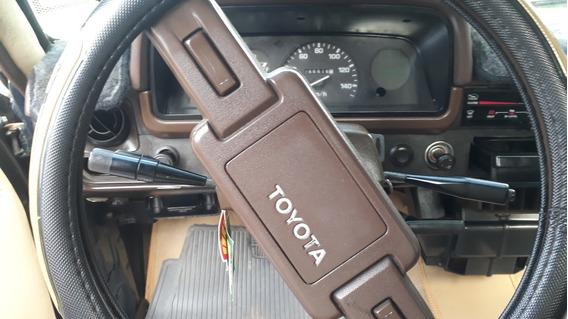 Toyota Stout 2200 Año 1999
