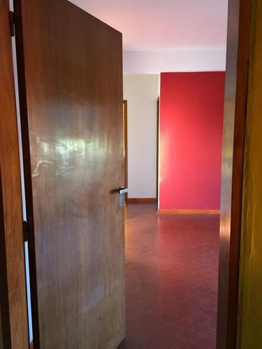 Alquiler Amplio Departamento De 1 Dormitorio