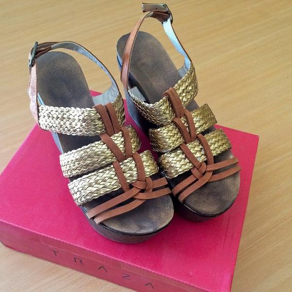 Sandalias Con Plataforma De Cuero Marca Trazza N 38