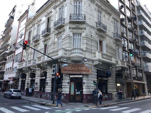 Imagen 1 de 14 de Gran Local En Venta - Congreso - Esquina Peron Y Montevideo