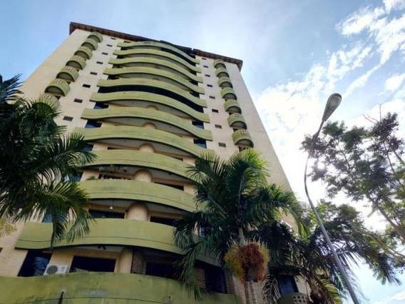 Apartamento En Venta El Bosque Valencia Cod 19-19059 Ar