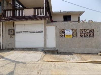 Casa Amplia Una Planta En Renta 10 Min. De Centros Comerciales