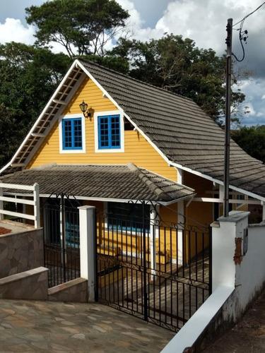 Chalé  Pode Ser Usado Como Casa Ou Ponto Comercial , Beira Da Rodovia 354  , 140 M2 De Construção , Terreno Com 340 M2. - 435