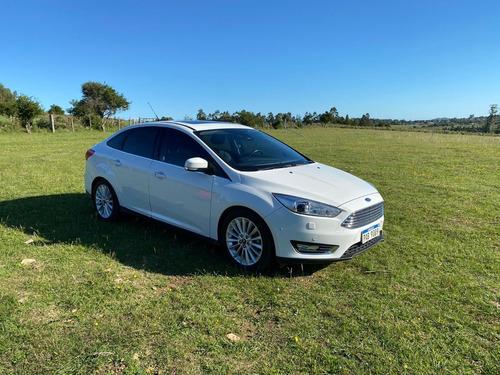 Ford Focus Iii 2.0 Sedan Titanium At6 - Oportunidad