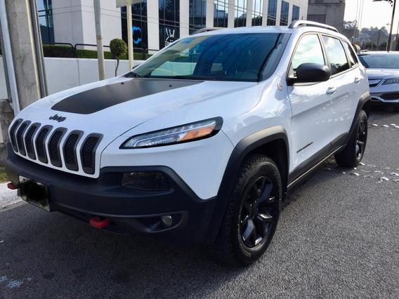 Jeep Cherokee 2018 3.3l Trailhawk At