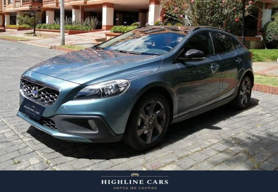 Volvo V40 1.6 T4 Cross Country Kinetic Fwd