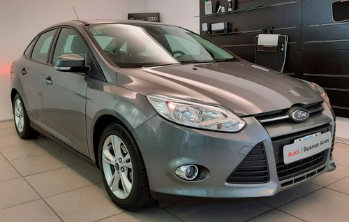 Ford Focus 4p 2.0l N Mt