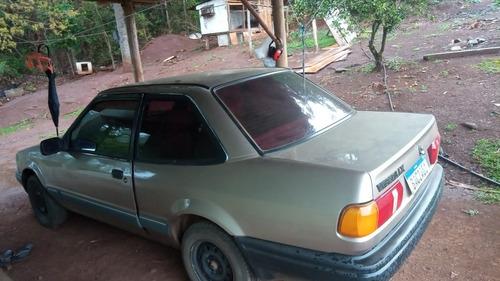 Imagem 1 de 5 de Ford Verona 1990