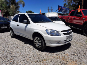 Chevrolet Celta 1.4 Full - Financio / Permuto