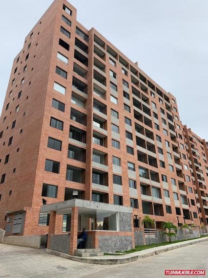 Apartamentos En Venta Mls #19-17181 Yb