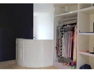 Mueble Blanco. Mostrador