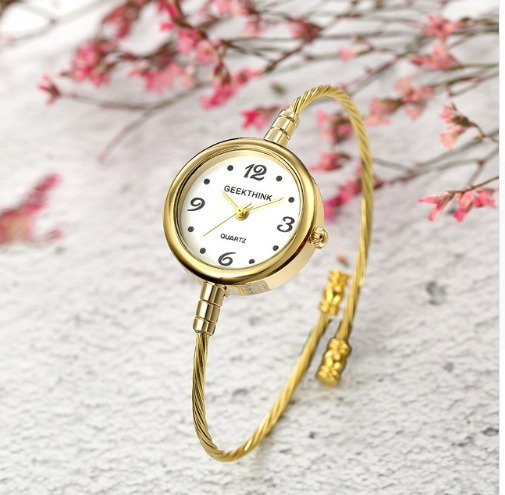 Relógio Bracelete De Luxo Fino Dourado
