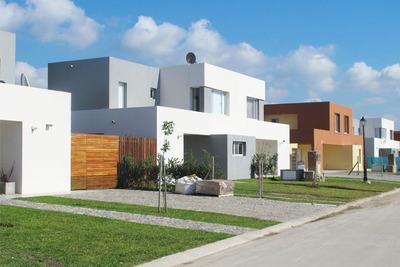 Casas De Santa Guadalupe (casas Del Este 2) Eidico Al Costo!