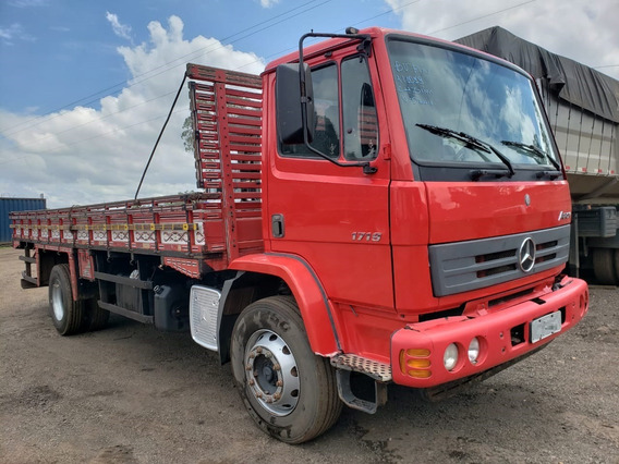 Mercedes-benz Atron 1719 Ano 2015/2016 No Chassi