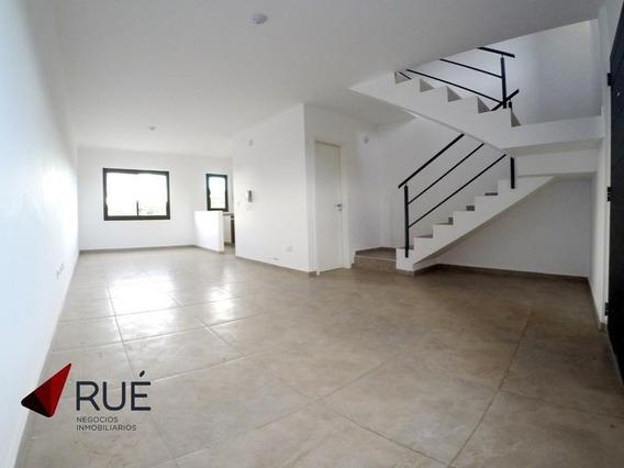 Dúplex En Haus701 (housing Zona Sur) En Alquiler. Dos Dormitorios. Con Cochera.