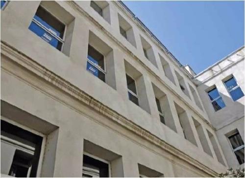 Edificio De Oficinas En Alquiler - Chile 758/760