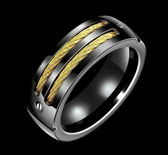 Anel Aço Titânio Preto Com Detalhes Folheados A Ouro 18k