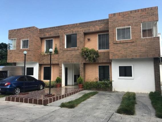 Apartamento En La Cumaca. Wc