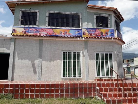 En San Felipe, Charcutería Equipada En Ubicación Comercial