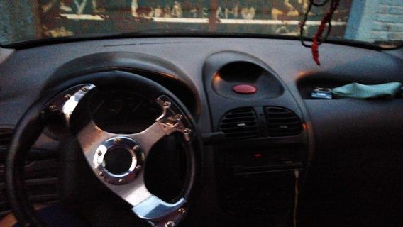 Peugeot 206 1.9 Base