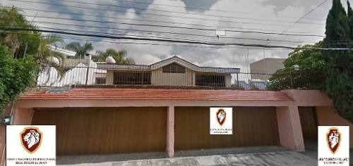 Venta Casa Muy Amplia En Jardines Guadalupe En Guadalajara