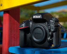 Nikon D800 (12.000 Cliques) - Impecável (4.800 A Vista)