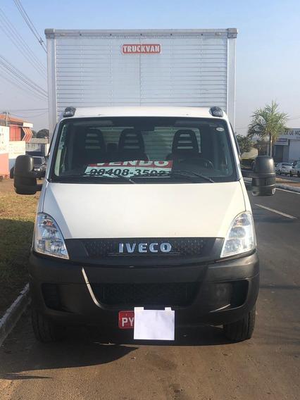 Iveco 35s14 2016/2016 Baú Único Dono