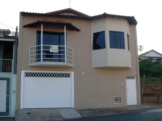 Casa Com 2 Quartos E Uma Suite Com Closet