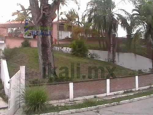 Venta Casa Vista Espectacular 3 Rec. Col Jardines Tuxpan Veracruz. Ubicada En Un Cerro De La Colonia Jardines De Tuxpan Veracruz, Con Una Vista Espectacular A La Colonia Y Al Río, De Una Sola Planta,