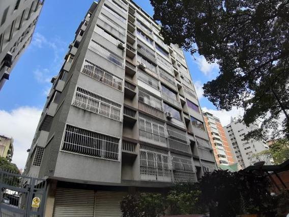 Apartamentos En Venta La Florida 20-3968